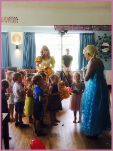 Children's Party - Dress Up and Dream